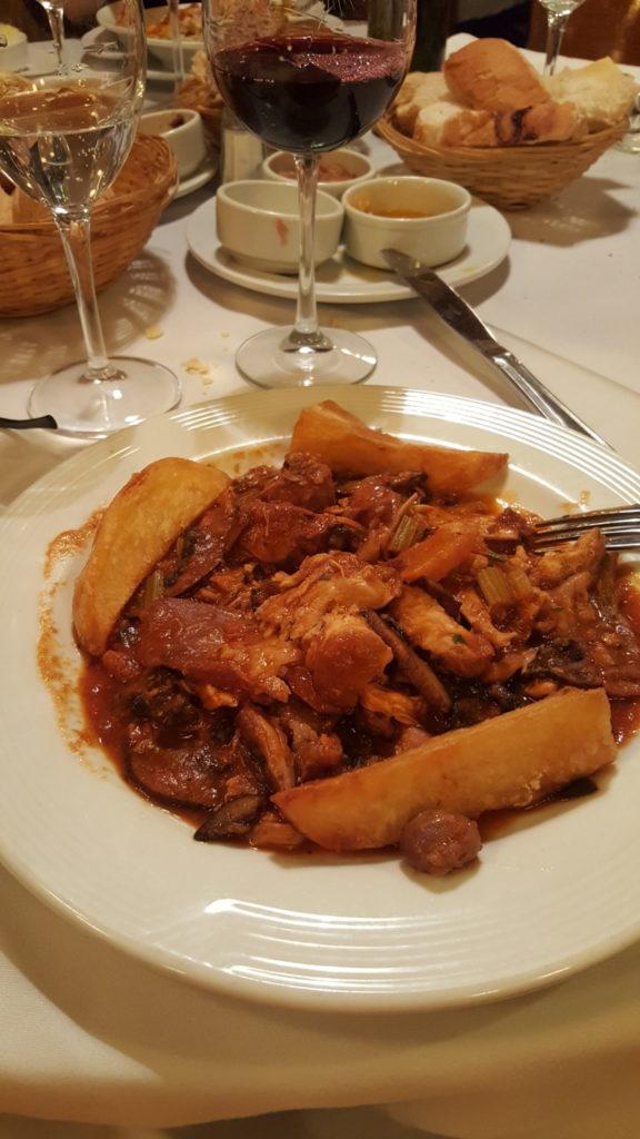 Comer en Buenos Aires - Restoran SOTTOVOCE - Conejo a la Cazadora